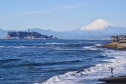 稲村ケ崎から見る初富士